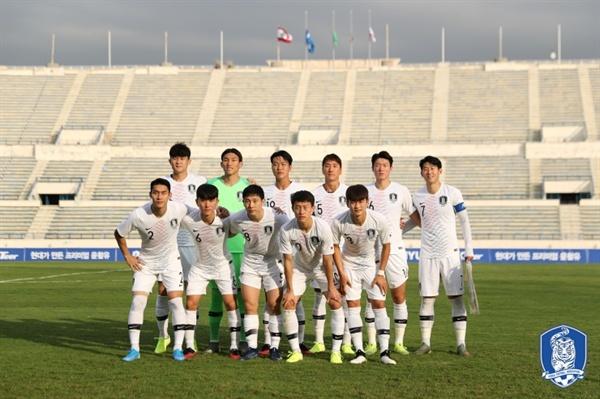 한국 대표팀 무관중 경기로 펼쳐진 레바논전에서 한국은 졸전 끝에 승점 1을 추가하는데 그쳤다.