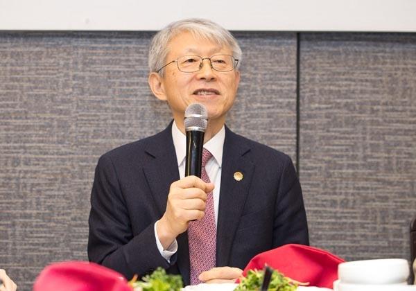 최기영 과학기술정보통신부 장관이 18일 오후 서울 영등포구 여의도 인근 식당에서 열린 '출입기자 간담회'에 참석해 인사말을 하고 있다.