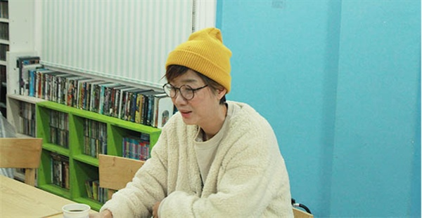 5년의 휴식기 끝에 활동을 시작한 이상은을 홍대의 이즘 사무실에서 만났다.