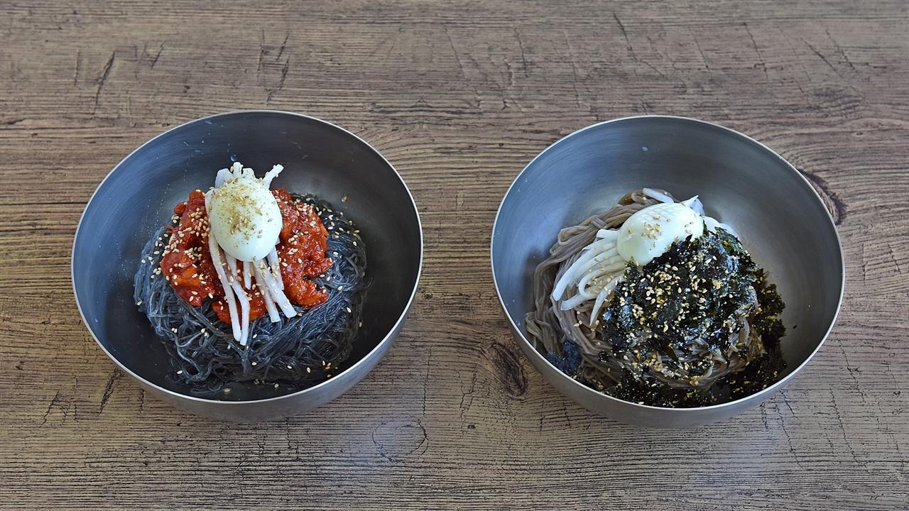 메밀막국수 막국수는 강원도의 대표적 음식으로 강원도 전역에 맛집들이 있다. 양양군에도 70년 대 이전부터 막국수를 전문으로 하는 식당이 있었다.