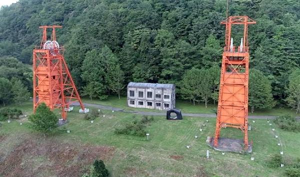 홋카이도 미쯔비시 탄광 기념공원, 1941년 화재사고가 나 53명의 광부가 수장된 현장이다. 희생자중에는 조선인도 포함돼 있다.
