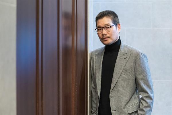 영화 <나를 찾아줘> 배우 유재명 인터뷰 사진