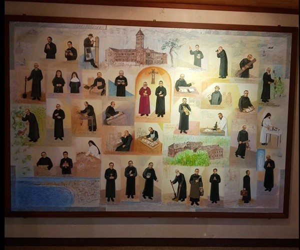 덕원 수도원 38명 순교자들의 모습을 그린 그림, 왜관수도원 본당 복도에 걸려 있다