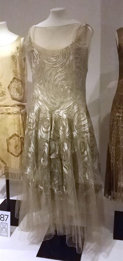 비오네의 드레스