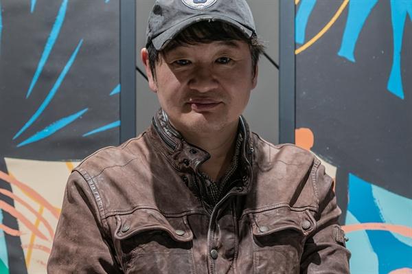 영화 <천문: 하늘에 묻는다>를 연출한 허진호 감독.