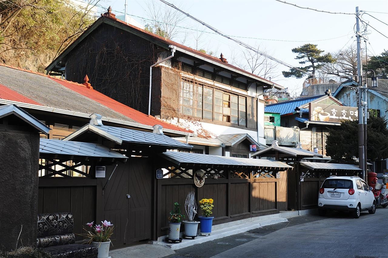 구룡포 근대문화역사거리 일제 강점기 일본인들이 집단적으로 살았던 거리를 포항시에서 재정비, 복원했다.