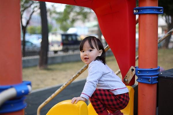 이들의 열정은 어디서 나온 걸까? 아마도 아이들이 안전하게 놀 수 있도록 하겠다는 소박한 바람이 일차적 원인일 것이다.