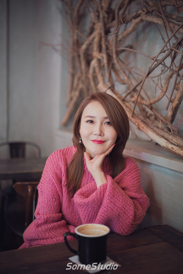 배우 김경선.