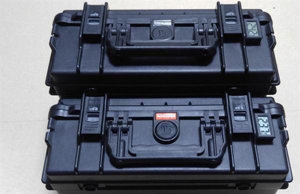 겨울철 비행을 위해 직접 제작한 배터리 보온가방.