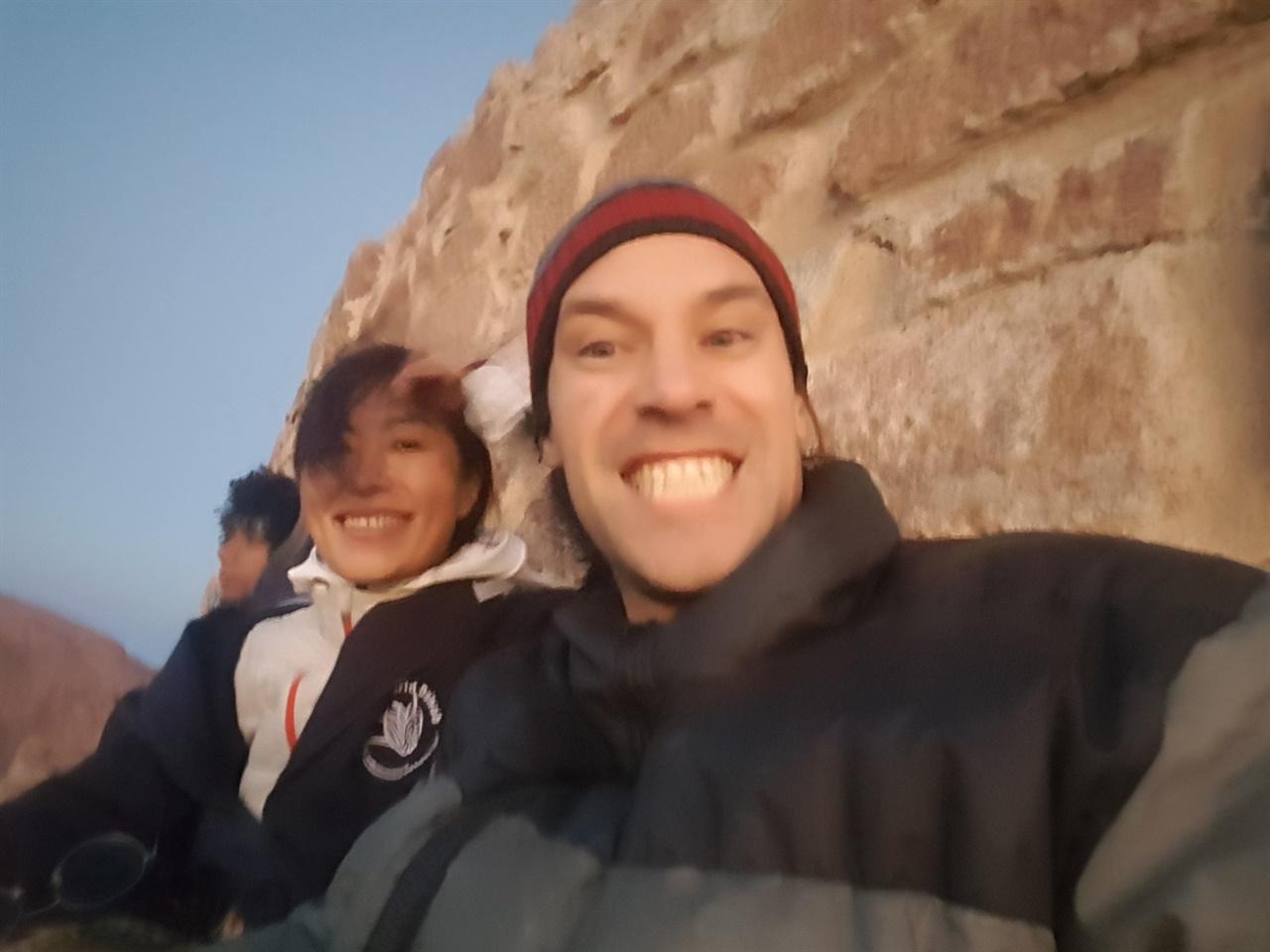 새해, 시나이 산. 동행이었던 캐나다 출신 스티브와 산 정상에서.
