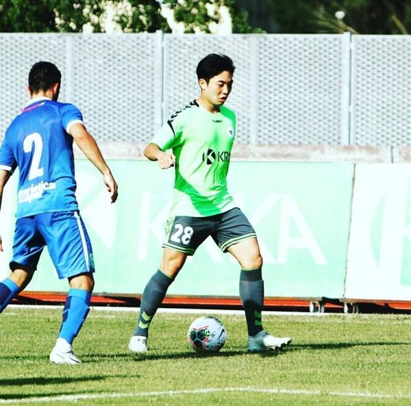 슬로베니아 2부리그 NK 크르카에서 뛰고 있는 김도현 김도현은 현재 슬로베니아 2부리그 NK 크르카에서 미드필더로 뛰고 있다.
