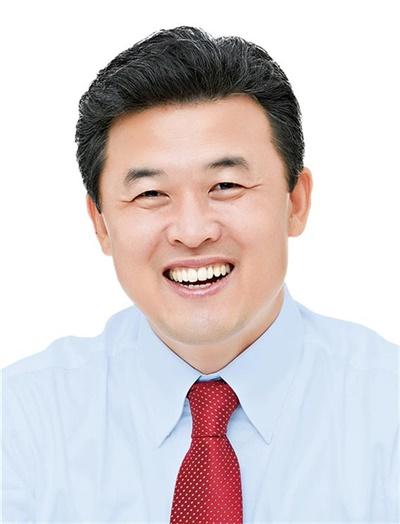 자유한국당 윤영석 국회의원(양산갑).
