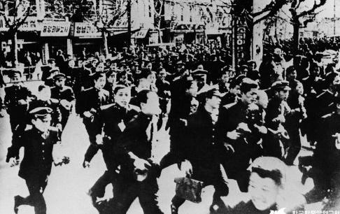 서울 시내 중고교생들의 4. 19 시위