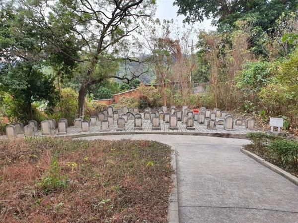 1928년, 장제스에 의해 조성된 황포군관학교 생도들의 무덤 '동정진망열사묘원(東征陳亡烈士墓園)'