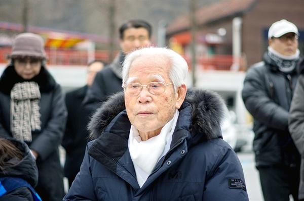 충칭 임시정부 광복군 총사령부 경위대에서 복무했던 아흔여섯 고령의 배선두(1990 애국장) 선생이 자리를 빛내주었다. 그는 경상북도의 마지막 생존 독립운동가다.