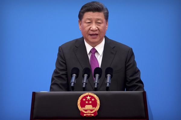 일대일로 포럼 폐막 기자회견하는 시진핑 중국 일대일로 국제협력 정상포럼이 2019년 4월 27일 폐막하는 가운데 시진핑 중국 국가주석이 폐막기자회견을 하고 있다.