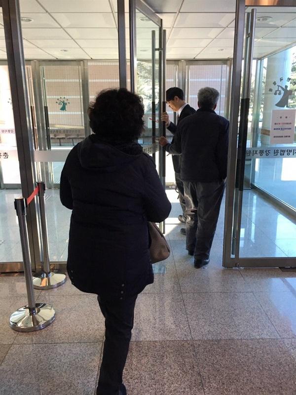 김흥태씨 가족은 재심 재판을 통해 진실이 규명되어 가족의 명예가 회복되길 바라고 있다.