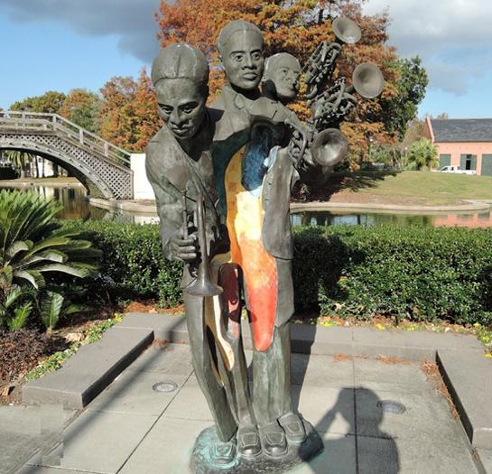재즈의 선구자 '버디 볼든(Buddy Bolden)'이 트럼펫 일종인 코넷을 연주하는 모습이다