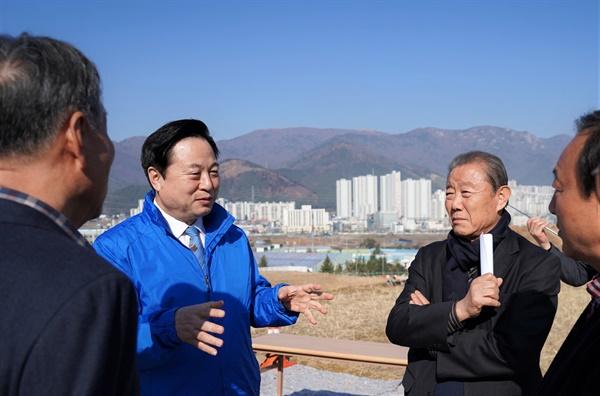 양산 덕계 월라산업단지 찾은 김두관 의원.