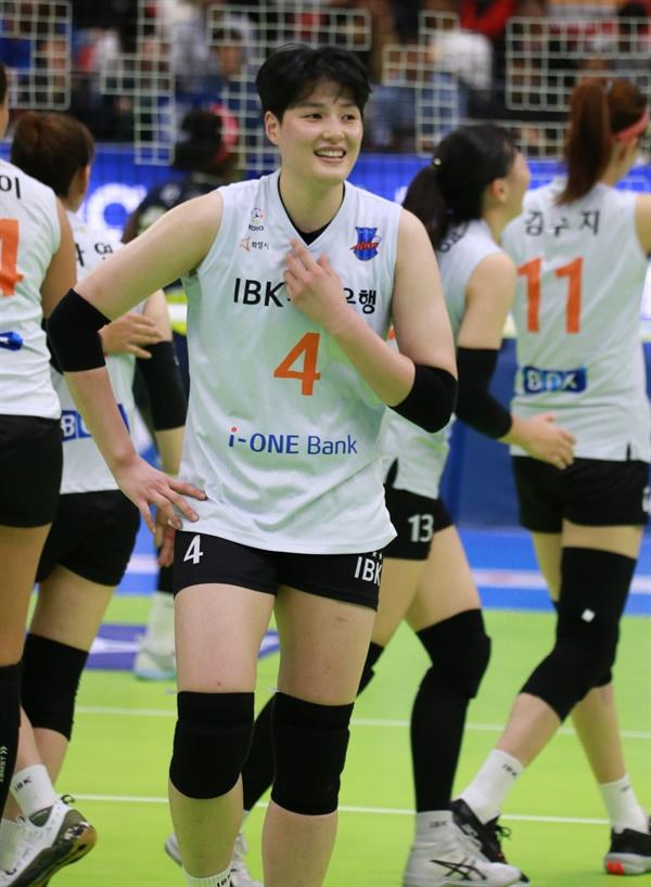 김희진(IBK기업은행)... 2019-2020시즌 V리그 경기 모습