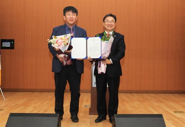 권순기 경상대 교수가 차기 총장선거에서 1순위 후보로 선출되었다.