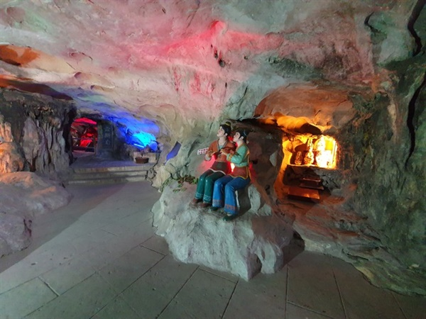 중국의 민속설화가 깃든 테마파크로 탈바꿈한 '어봉산 동굴'