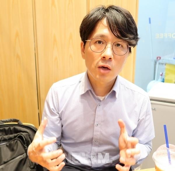 윤재덕 소장은 한국교회도 신천지를 닮아가지 않도록 주의해야 한다고 강조했다 (황재혁)