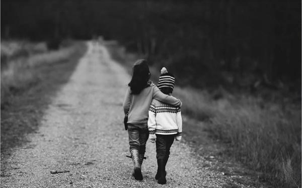 진정으로 누군가를 위한다면, 그 스스로 자신 몫의 행복을 책임질 수 있도록 내버려 두어야 한다.