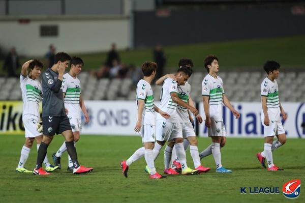 4일 오후 5시 30분 호주 시드니에 있는 주빌리 스타디움에서 벌어진 2020 AFC(아시아축구연맹) 챔피언스리그 H조 시드니 FC(호주)와 전북현대의 경기 모습.