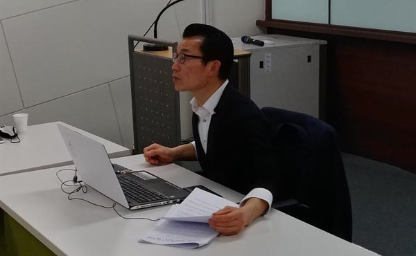 강연 중인 장석호 공인중개사.