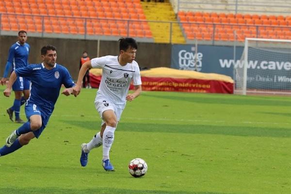 포르투갈 2부리그 아카데미코 드 비제우에서 뛰고 있는 양성환 양성환은 비토리아를 거쳐 현재 포르투갈 2부리그에서 선수 생활을 하고 있다.