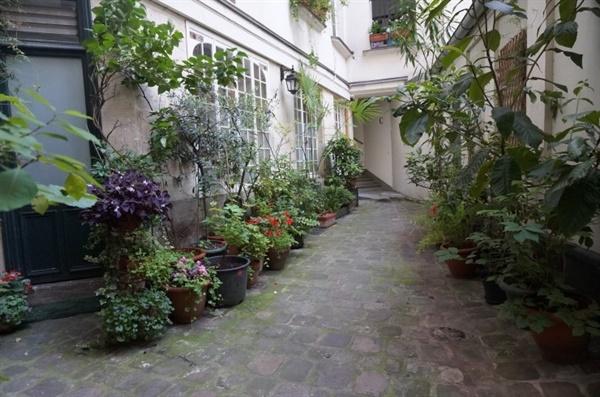2014년 에어비앤비를 통해 이용한 파리의 한 주택.