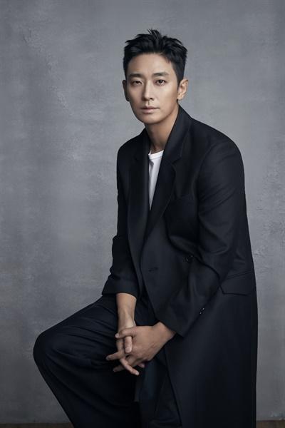 넷플릭스 오리지널 드라마 <킹덤> 왕세자 이창 역할을 맡은 배우 주지훈 인터뷰 사진