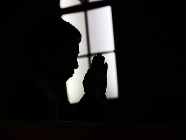 코로나19 확산을 막기 위해 정부와 지자체가 종교행사 및 집회 자제를 호소하고 있는 가운데, 사천 지역 교회 83곳이 일요예배를 진행할 것으로 나타났다. 사진은 기사와 무관함.