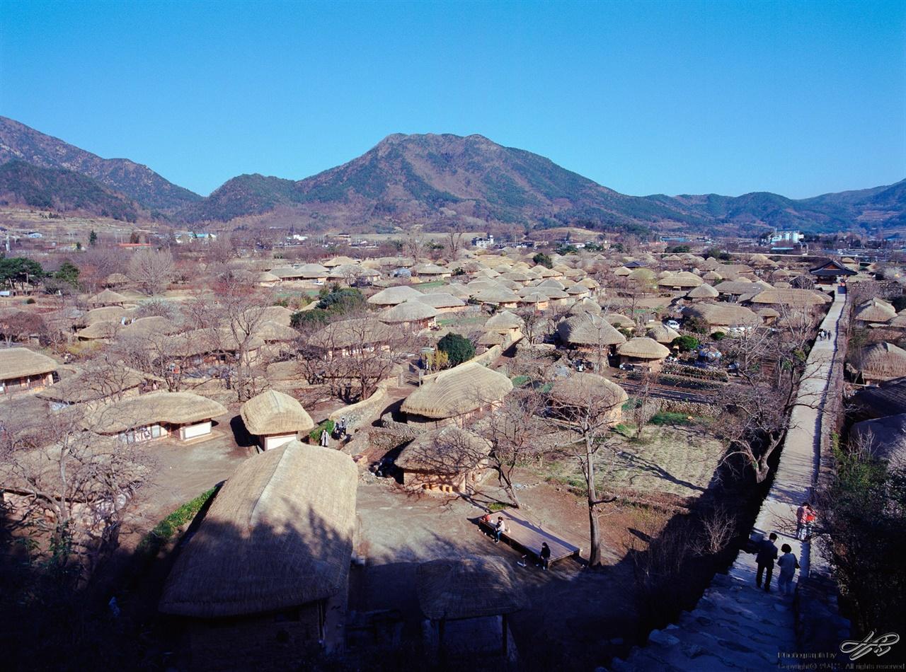 성곽 높은 곳에서 낙안읍성에서 가장 유명한 촬영 지점일 것이다. 전망이 제일 좋은 곳.