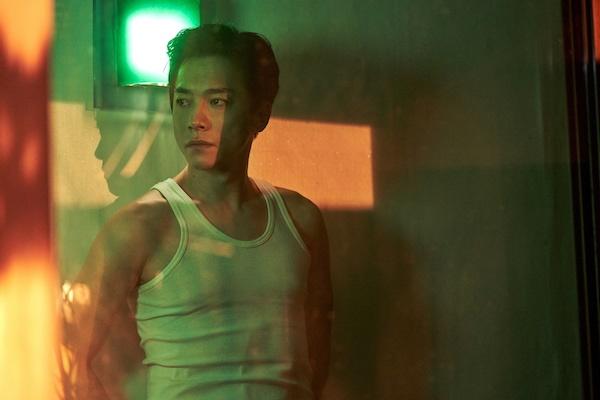 영화 <찬실이는 복도 많지>에서 장국영으로 우기는 귀신으로 출연한 배우 김영민