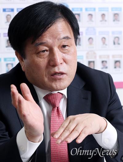 이진복 미래통합당 선거대책위원회 총괄본부장이 2일 오마이뉴스와 인터뷰에서 4.15 총선 전략을 밝히고 있다.