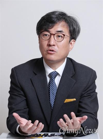 열린민주당 김성회 대변인이 6일 오마이뉴스와 인터뷰에서 4.15 총선 전략을 밝히고 있다.