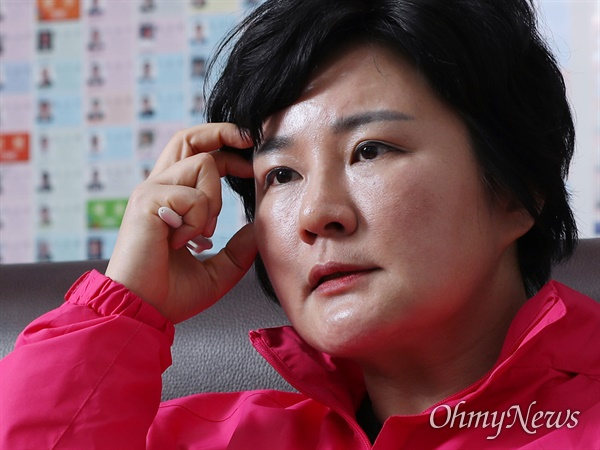 미래한국당 조수진 수석대변인이 6일 오마이뉴스와 인터뷰에서 4.15 총선 전략을 밝히고 있다.