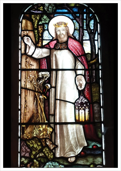 I am the light  <The Light of the World>(detail), designed by William Holman Hunt(1827-1910), a stained glass window at All Hallows Church, Tillington