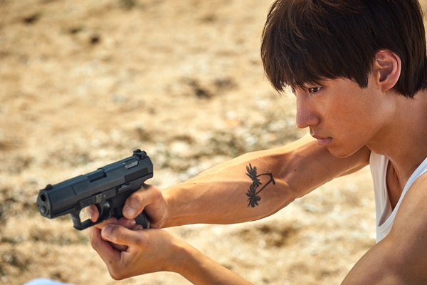 영화 <사냥의 시간>의 한 장면.