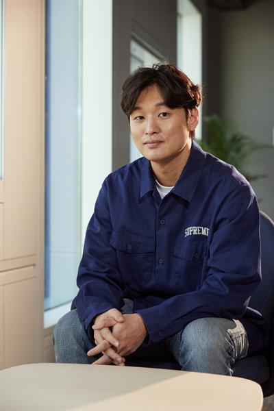 영화 <사냥의 시간>을 연출한 윤성현 감독.