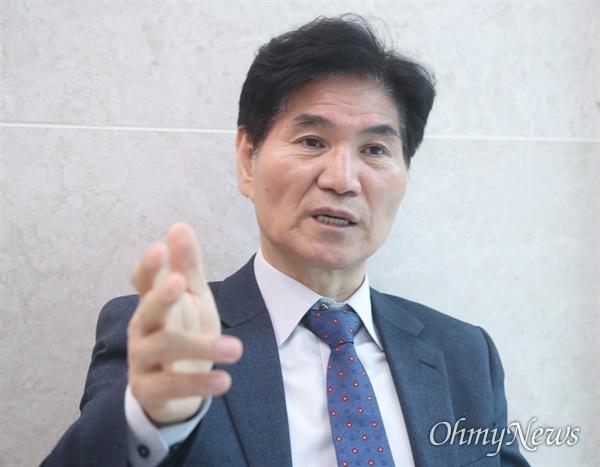 제21대 국회의원선거 서울 양천(을) 선거구에서 당선된 이용선 더불어민주당 당선자.