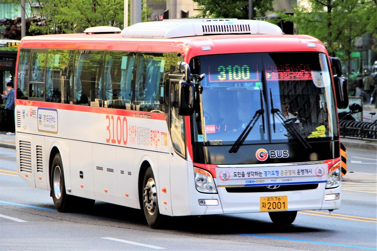 지난 4월 1일부터 운행을 시작한 경기도 공공버스 3100번.