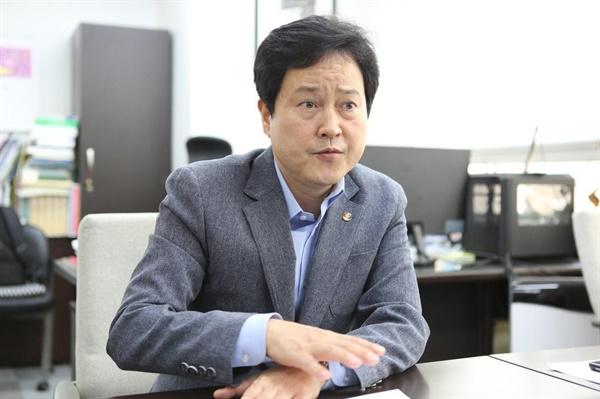 권정오 전교조 위원장.