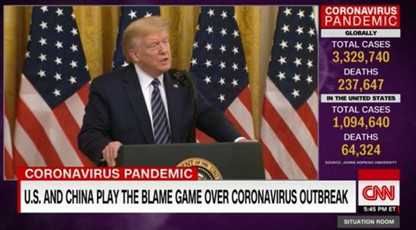 미국과 중국의 코로나19 발원설 갈등을 보도하는 CNN 뉴스 갈무리.