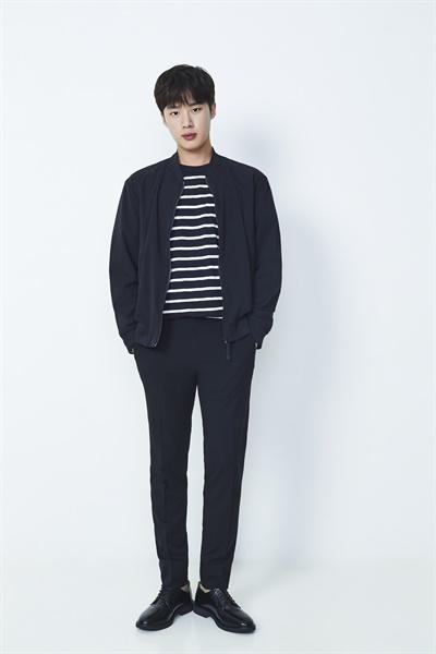 넷플릭스 오리지널 시리즈 <인간수업>에서 오지수를 연기한 배우 김동희.
