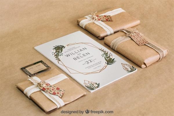 친환경 포장 친환경 포장재로 포장된 선물이다.