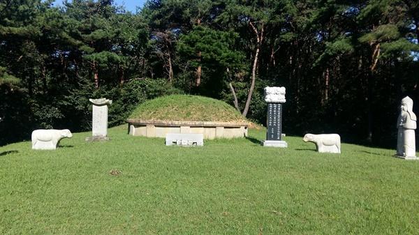 무등산 평두메에 있는 전상의 장군의 예장석묘는 광주광역시 기념물 제3호로 지정되었다. 예장(禮葬)은 국가에서 공신에게 베푸는 장례로 오늘날의 국장과 같은 성격이다
