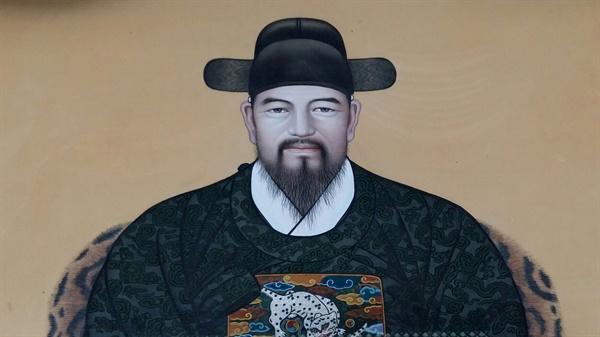 충민사 사당에 모셔져 있는 전상의(1575~1627) 장군의 영정